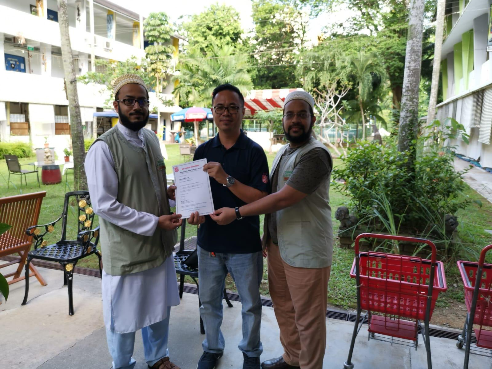 Bohras In Singapore Organise Charity Drive For Salvation